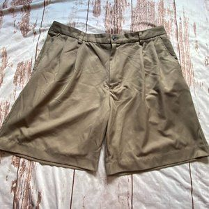 Izod mens pleated front shorts-tan-size 38